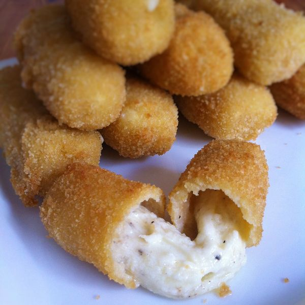Mozzarellasticks/Mozzarellaröllchen Selber Machen - Käsesticks Selbstgemacht